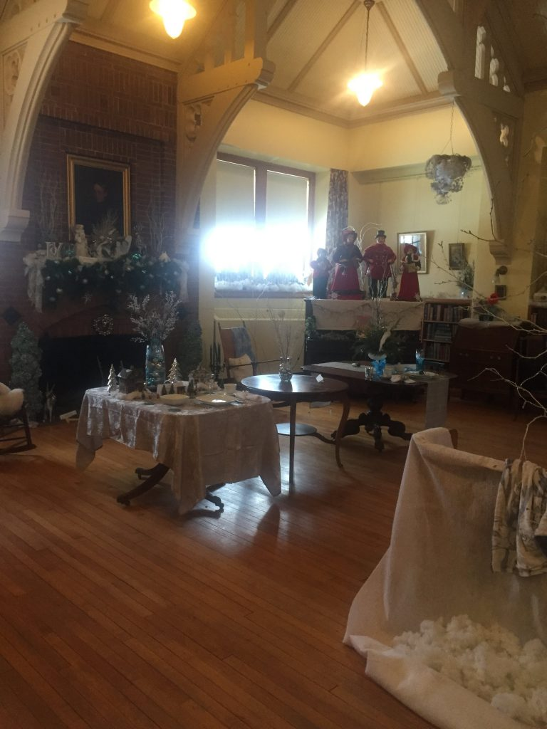 Memorial Room2