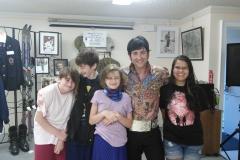 Elvis-and-kids